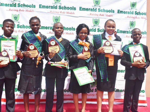 primary_school_graduation (2)